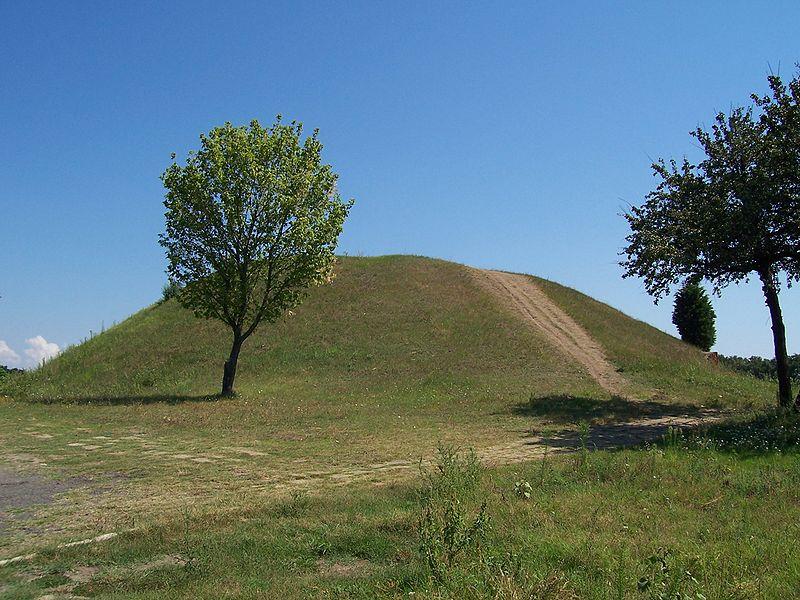 800px-trakijskata_grobnica