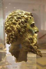 kopf-des-seuthes-vergoldete-bronze